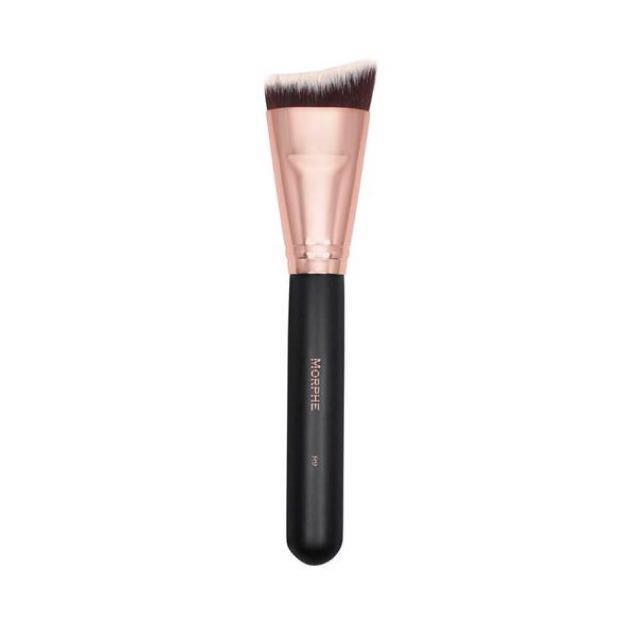 Morphe R9 Curved Contour Brush
