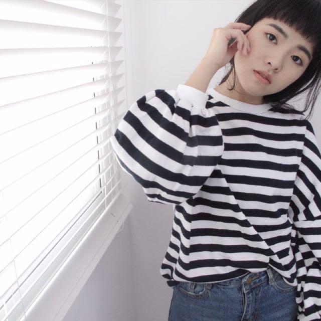 onepiece.wear 深藍條紋澎袖上衣