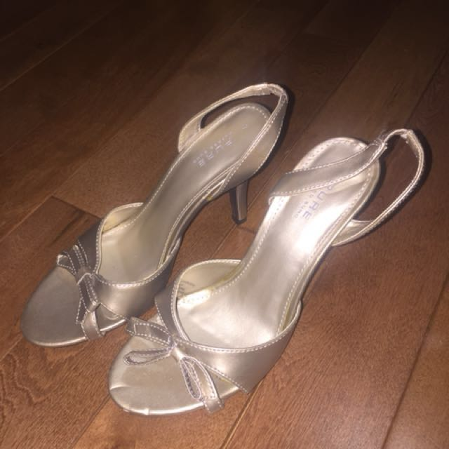 Pure Alfred Sung sling back heels