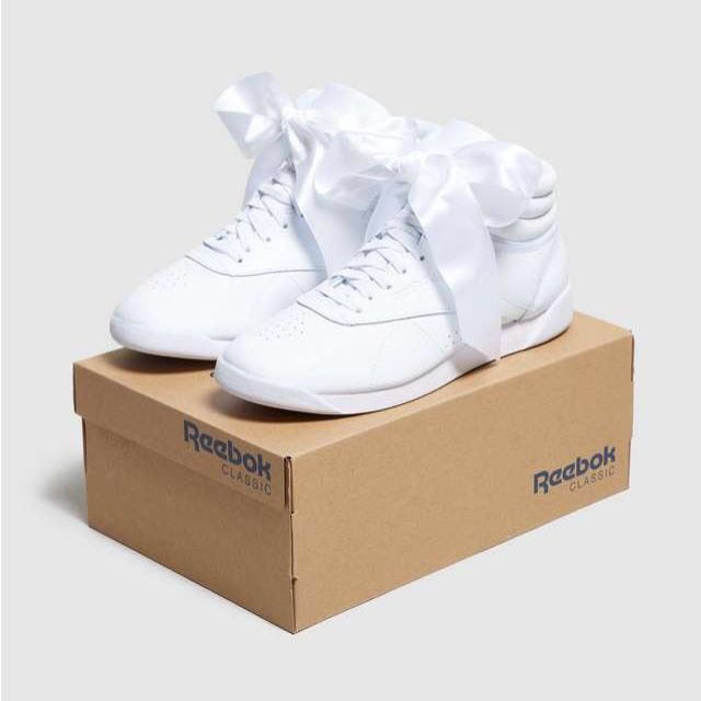 99e8f2a878fd8 Reebok Classic Freestyle Hi Bow in White
