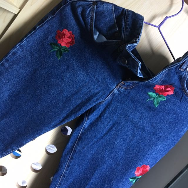 Rose patches jeans