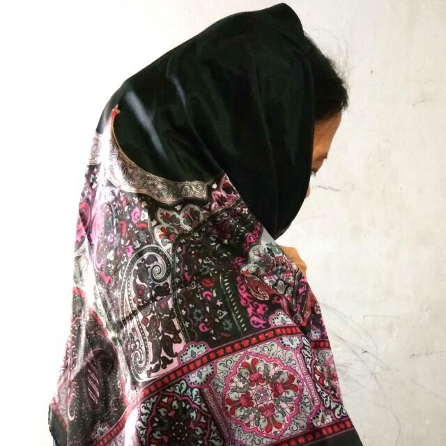 #CNY2018 Scraft/ Hijab vintage