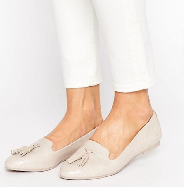 Searching for Aldo Auchi Tassle Loafers