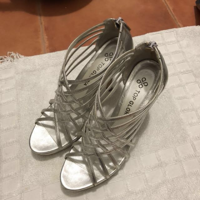 Silver genuine leather shoes