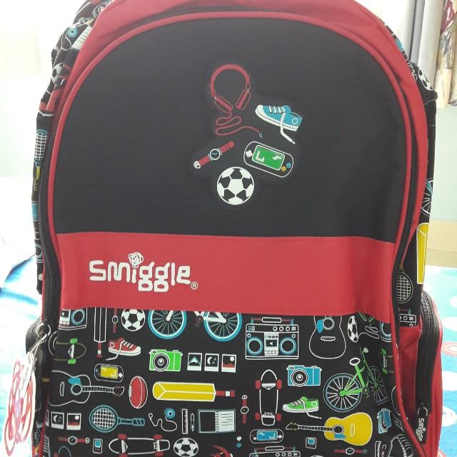 Smiggle Trolley Bag