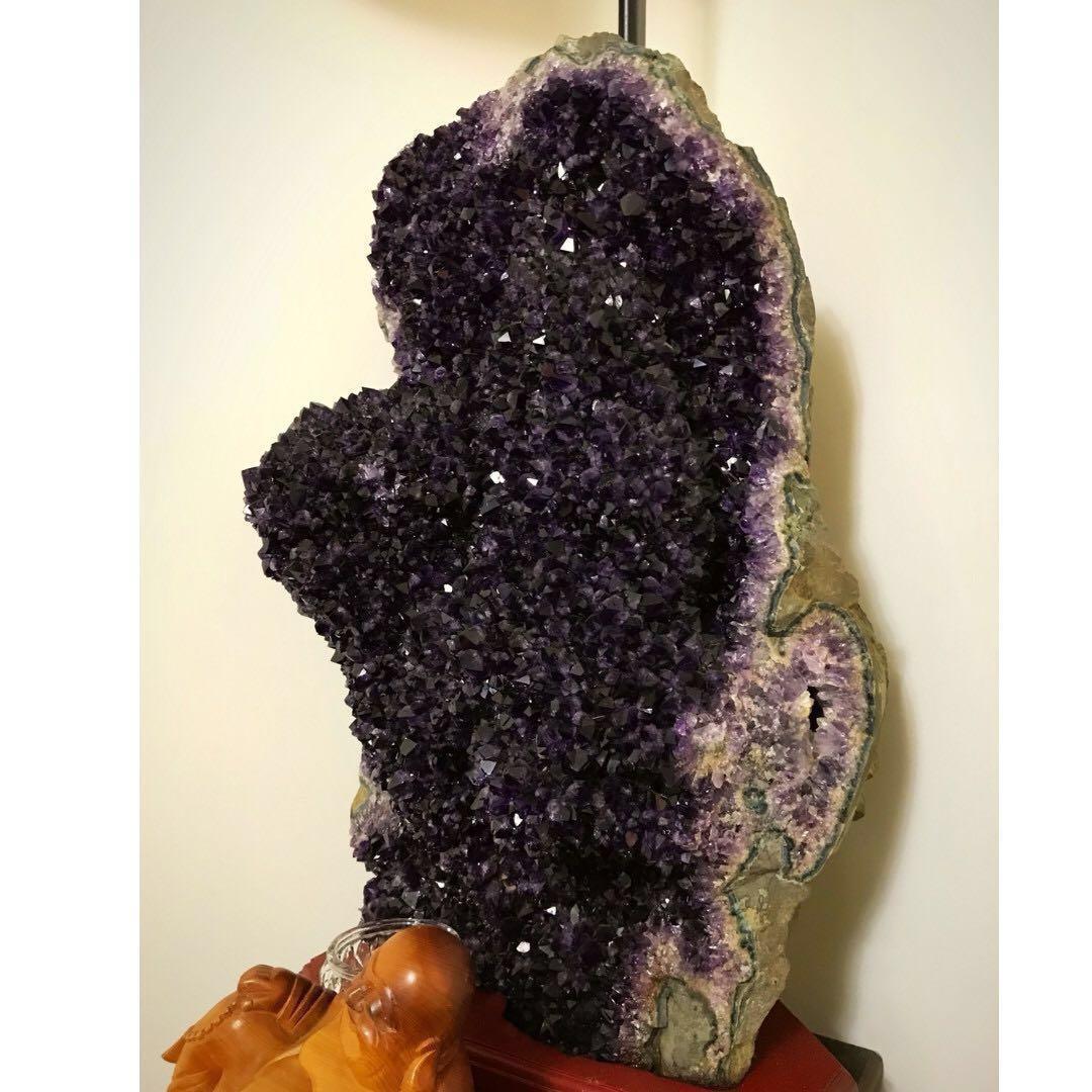 大型烏拉圭紫水晶,頂級紫色,高檔運勢,swarovski施華洛世奇可參考
