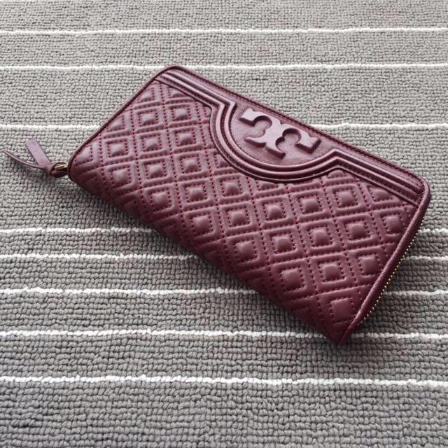 Tory Burch Alexa Zip Wallet