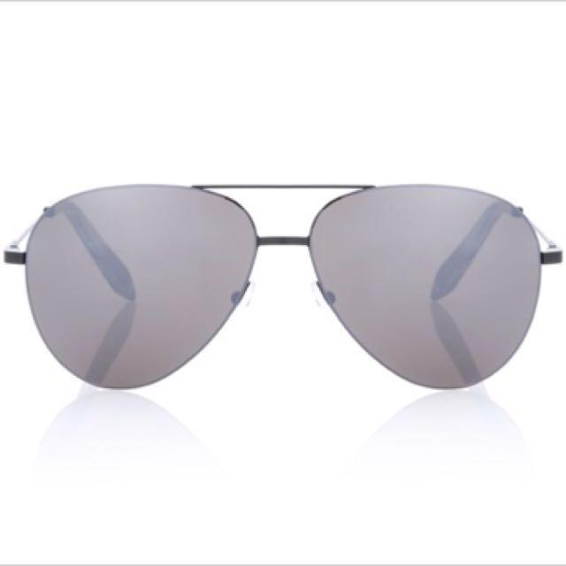 Victoria Beckham 飛行員太陽眼鏡