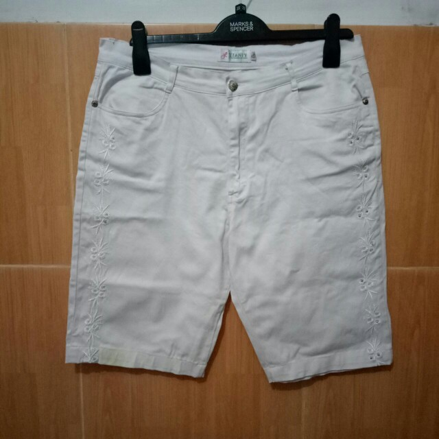 White Celana pendek big size