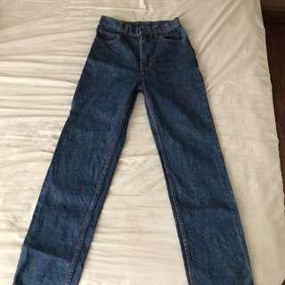 Malboro mom jeans size 27