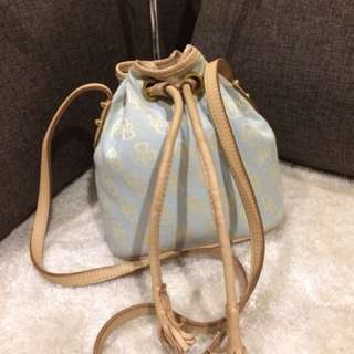 Authentic Dooney & Bourke small cute Drawstring
