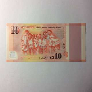 5AV037163 Singapore Commemorative SG50 $10 note.