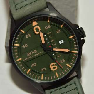 AVI-8 - 4003 - Hawker Harrier military wrist watch 5ATM 軍錶 深綠色錶面及真皮錶帶 深米黃色字 (請留意下面Information)