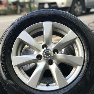 Original almera sports rim 15 inch tyre 70%