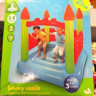 Bouncy castle NEW!