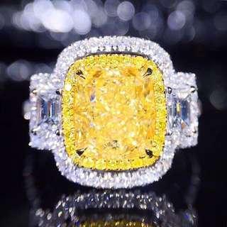 18K白金 GIA枕型黃鑽 鑽戒(歡迎詢價)