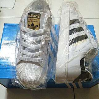[PO] Adidas Superstar Shoes