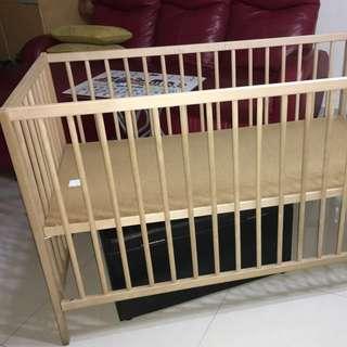 Ikea Baby's bed (set)全走