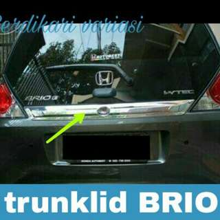 Trunklid / list bagasi brio