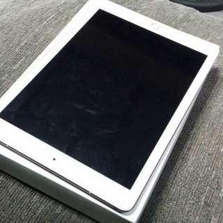 Ipad Pro 9.7inches Cellular 4G + WiFi 128GB Smartlocked