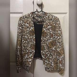 SHEIKE leopard print blazer/jacket Sz 6