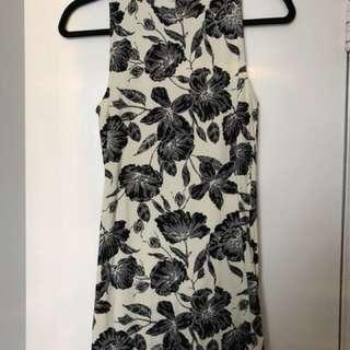 Floral mock neck fitted dress