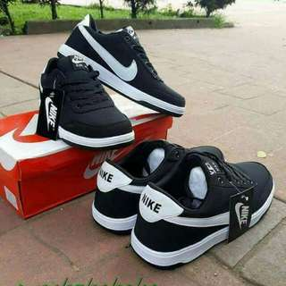 Nike Shoes Couple