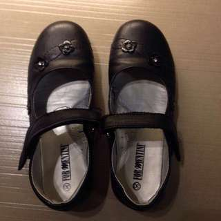 School shoes for kids (girl)