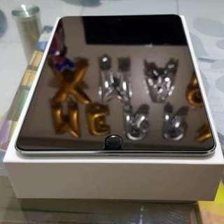 For Sale Ipad Mini 4 32gb wifi