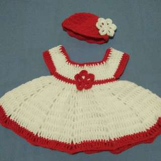 baby dress 0-6mos.old
