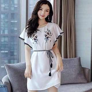 Enbroidered dress