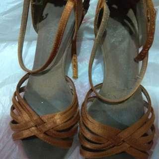 Latin shoes size 3