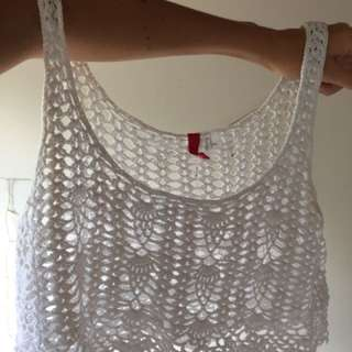 White crotchet crop