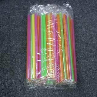 飲管 (18cm長,  100支一包, 共有11包,  每包$10)
