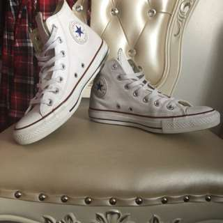 White leather converse shoes Women's 8US