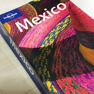 Lonely Planet Traveling Guide Book - Mexico