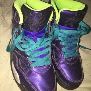 Basketball shoes / shoes