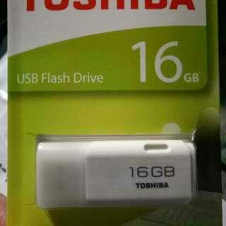 Toshiba Hayabusa USB Flash Drive 16gb