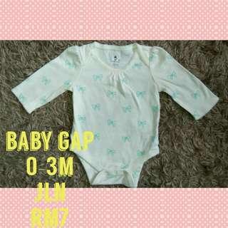 0-3m baby gap romper
