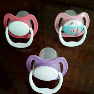 Dr Brown's pacifiers