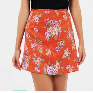 Patterned high waisted skirt