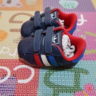 Authentic Adidas Baby Pre-walker shoe
