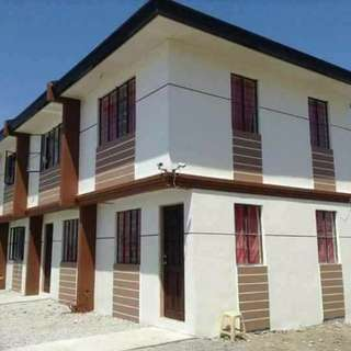 Preselling Imus Townhouse near Gate
