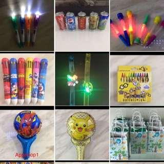 Goody bag- variety of pens / stationary