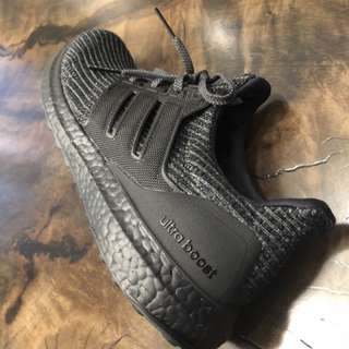 Adidas UltraBoost 4.0 Triple Black DS Size 9