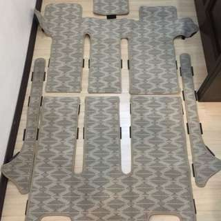 Estima ACR30 8 seater carpet