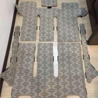 Estima ACR30 8 seater carpet
