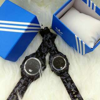Promo adidas couple watch
