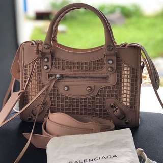 Authentic Balenciaga (Sale) fresh from store!