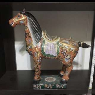 Chinese Oriental vases and figurines